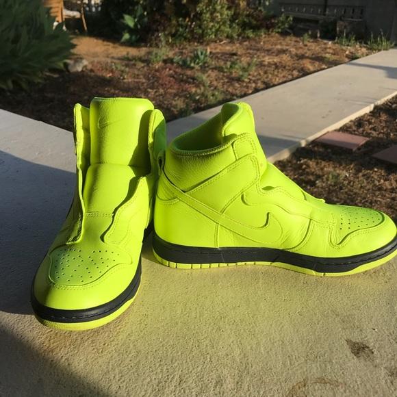 best sneakers b4661 2a112 ... VOLT, Nikelab x sacai dunk lux. M 5ade8ee0c9fcdfcc9f17af80